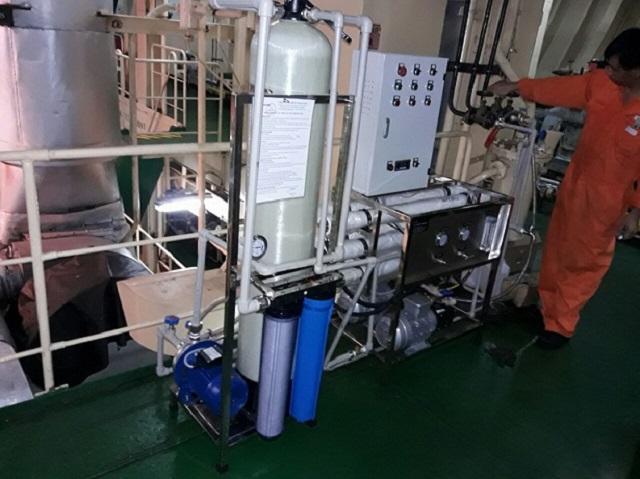 Lắp đặt máy lọc nước biển thành nước ngọt cho các loại tàu biển