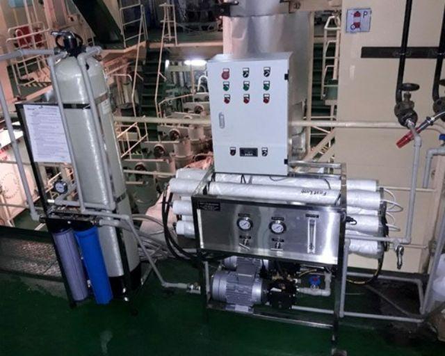 Hệ thống máy lọc nước biển purastar